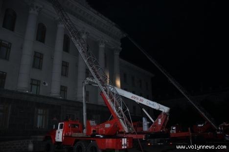 В Луцке в ночь пылал институт