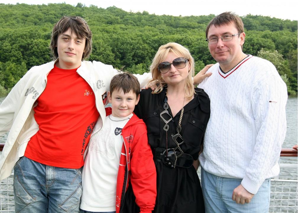 Елена Луценко: Я за собственным супругом - как за каменной стеной