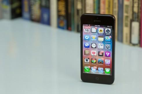 """Айфон """"обвиняется"""" несоблюдение ряда 3G-патентов"""