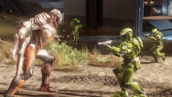Первые оценки Halo 4