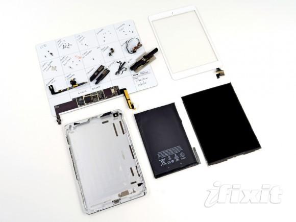 iPod мини попал в анатомический кинотеатр iFixit