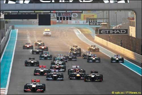 Помост Гран При Абу-Даби: Райкконен - Алонсо - Феттель