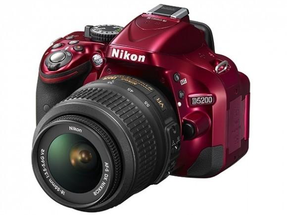 Nikon продемонстрировала 24,1-мегапиксельную камеру D5200