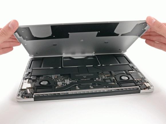 Эпл может отказаться от микропроцессоров Intel
