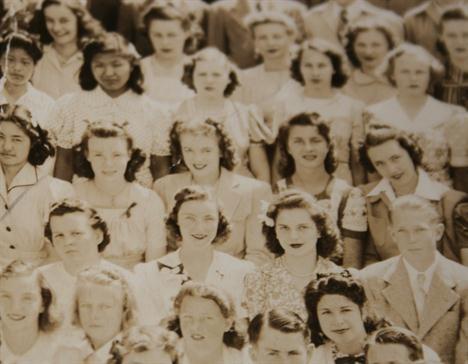 Фото брюнетки Мэрилин Монро продадут на аукционе