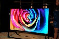 «Самсунг» продемонстрировала крупнейший 4К ТВ во всем мире