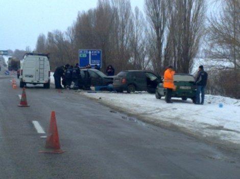 Серия ДТП на Одесской автотрассе унесла жизни 4-х человек