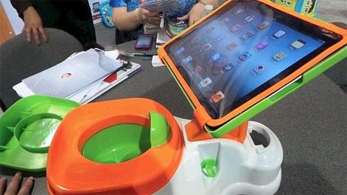 iPotty: iPod соединили с детским горшком