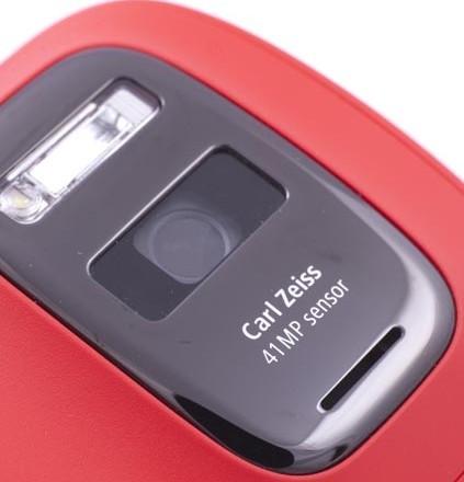 Нокия Люмия EOS с 41-Мп видеокамерой будет летом