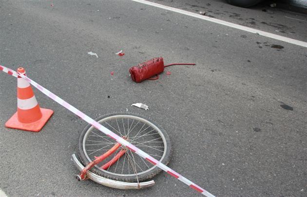 Под Мукачево милиционер насмерть сшиб велосипедистку