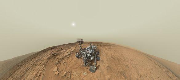 Первый автопортрет марсохода Curiosity