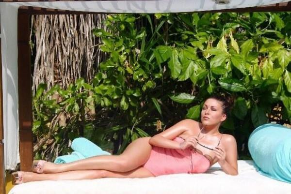 Елена Дубцова продемонстрировала фото с досуга на Мальдивах (фото)