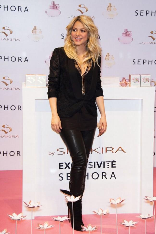 Шакира представила свежие осенние запахи
