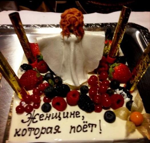 Басков продемонстрировал фото дня рождения Аллы Пугачевой (фото)