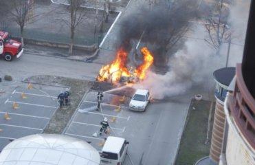 В центре Киева прогремел взрыв авто Лексус (ФОТО)