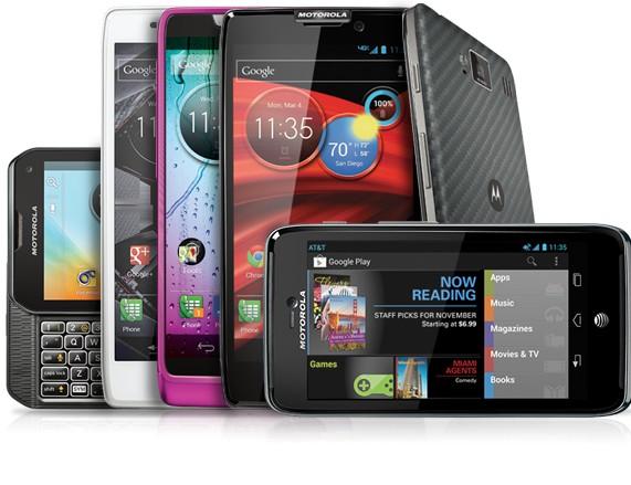 Motorola делает телефоны на серийном Андроид