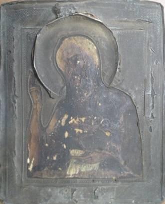 Военный из Мелитополя старался свезти старые иконы