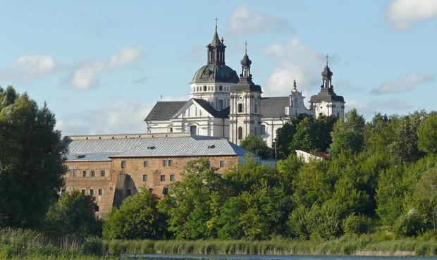 Куда отправиться на майские праздничные дни на Украине?