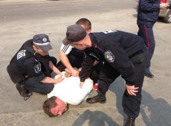 Арестованы участники демосцтрации призывающей к запрету вырубки деревьев (ФОТО)