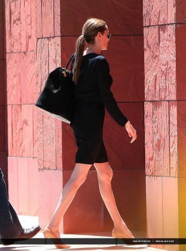 Анджелина Джоли располагается на грани анорексии (фото)