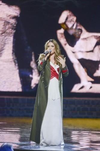 Могилевская расплакалась на выступлении в честь Дня Победы