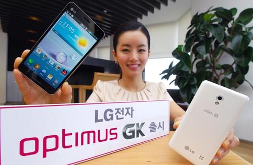 Свежий телефон «ЭлДжи» Оптимус GK с 5-дюймовым Full HD экраном