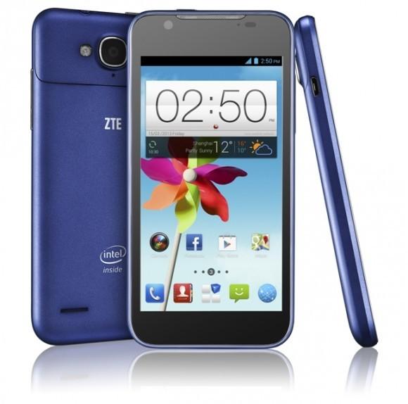 Телефон ZTE Гранд X2 In под регулированием Андроид Jelly Bean