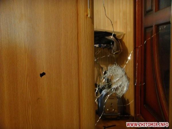 На Житомирщине обстреляли дом главного директора автозавода