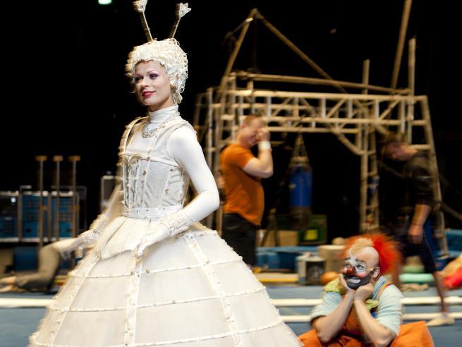 О. Фреймут превратилась в героиню шоу Cirque du Soleil
