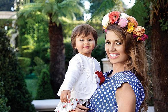 Первая домашняя сессия Виктории Бони  в интернете (фото)