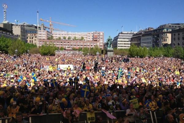 20 миллионов шведов поприветствовали сборную с победой на ЧМ по хоккею
