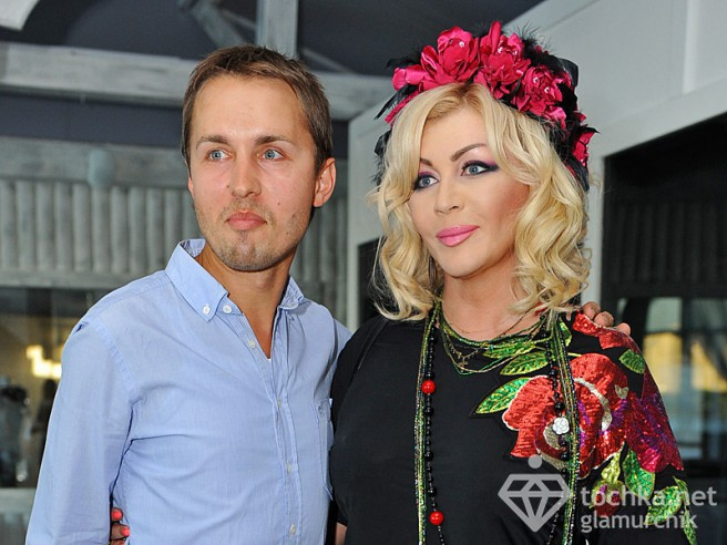 Елена Билык вышла в свет со свежим бойфрендом (фото)