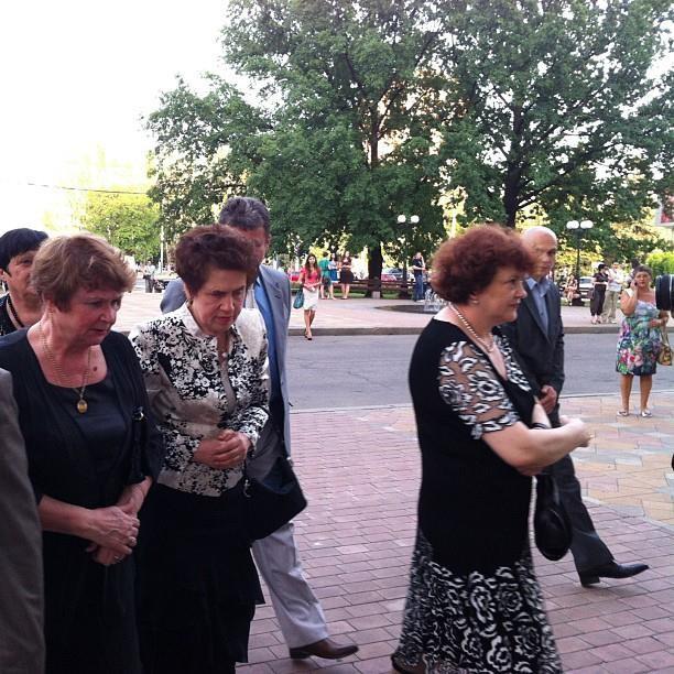 Елена Янукович взглянула спектакль об УПА (ФОТО)