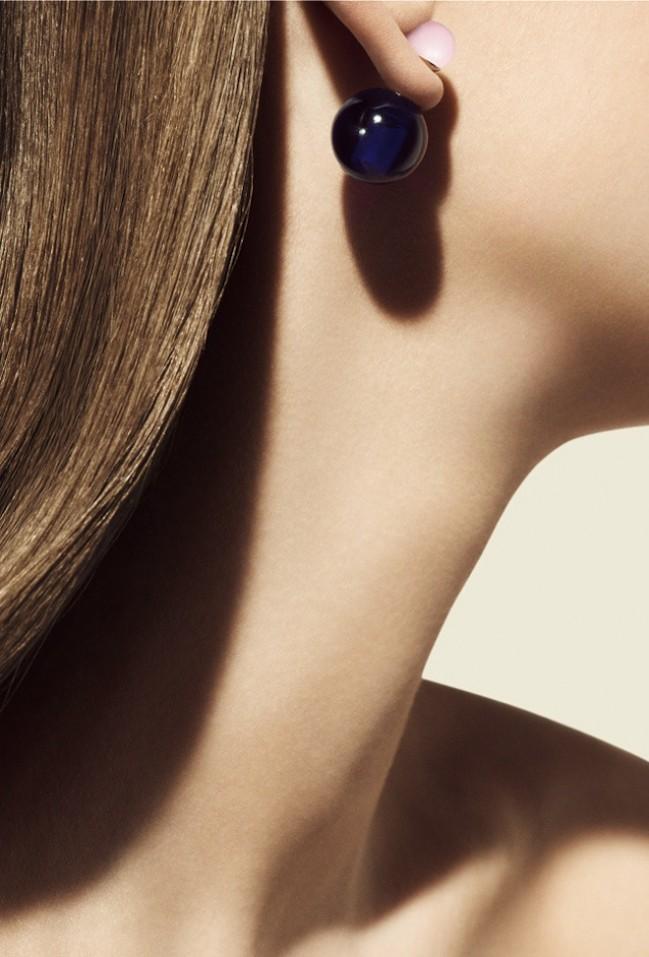 Новая модель сережек от Dior (фото)