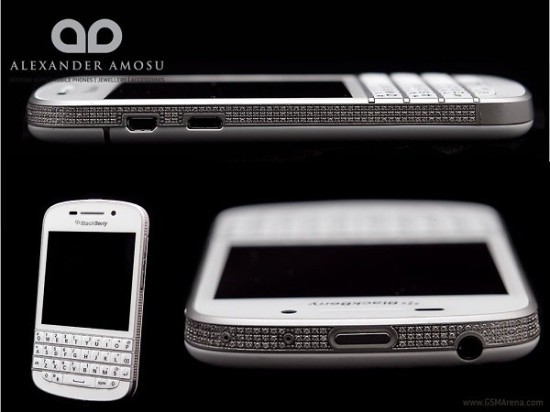 На Телефоне BlackBerry Q10 драгоценностей на 30 миллионов долларов США