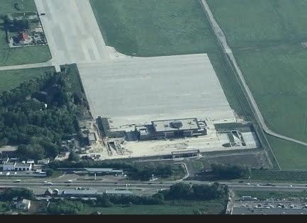 В Борисполе для Януковича строят индивидуальный терминал (ФОТО)