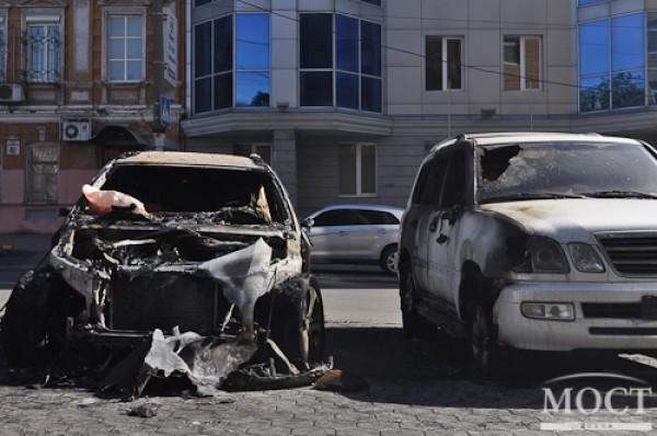 В городе Днепропетровск сгорела автомашина футболиста сборной Украины