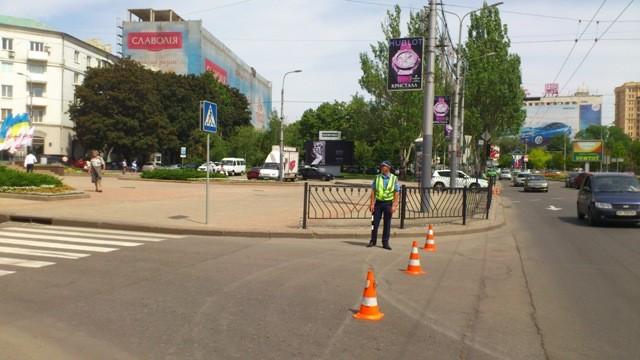 В Донецке закрыты все подъезды к месту митинга (ФОТО)