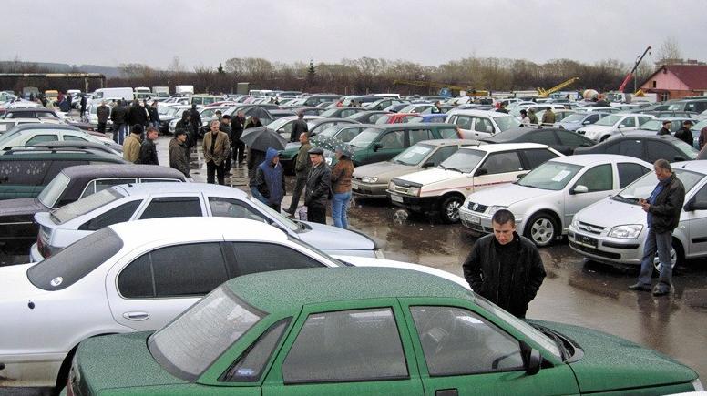 Специалисты: аспекты, по которым украинцы предпочитают себе авто