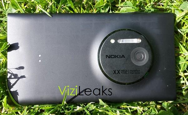 Нокия EOS: первые картинки телефона с видеокамерой PureView