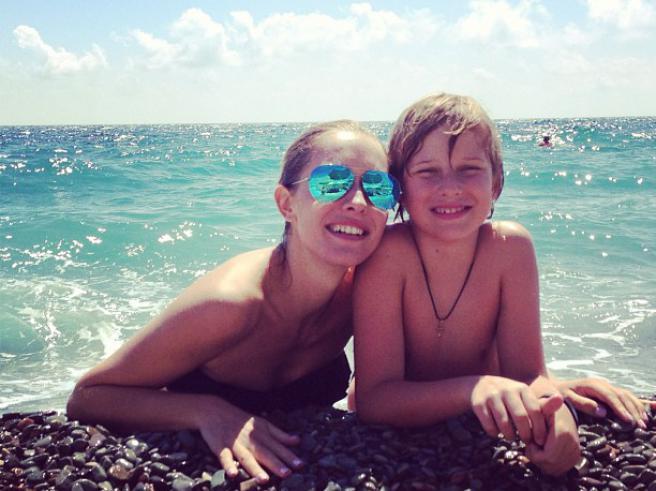 Катя Осадчая продемонстрировала собственные фото с досуга (фото)