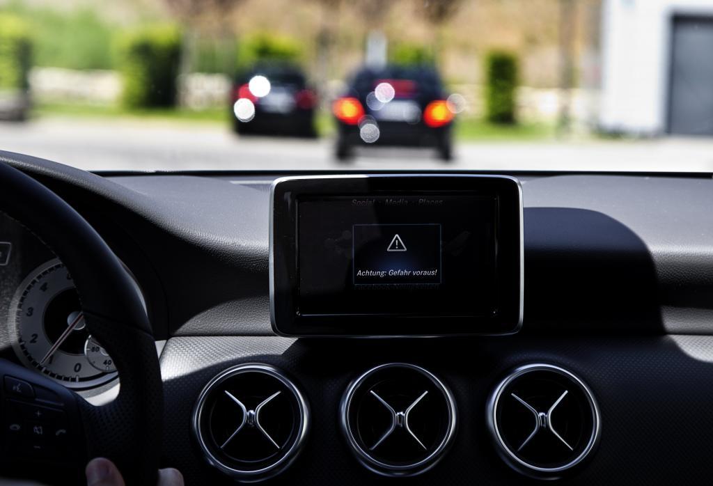Машины Mercedes сумеют разговаривать  в 2016 году