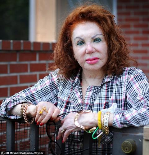 91-летняя мать Сталлоне сделала еще одну пластику (фото)