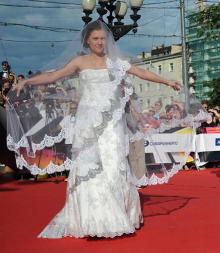 Артистка Маша Голубкина вышла замуж за авиатора (фото)