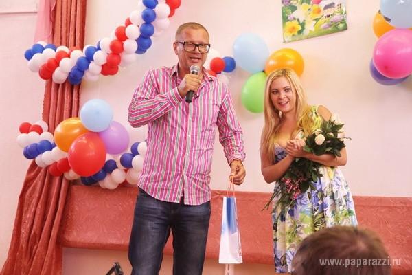 Свету из Иваново не рады лицезреть в родимой школе
