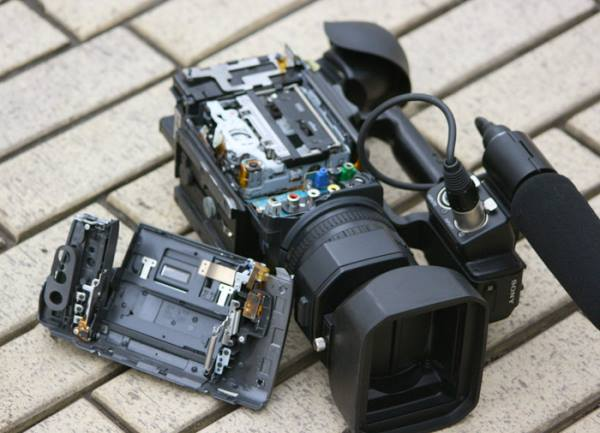 Во Львове на корреспондентов Савика Шустера напали