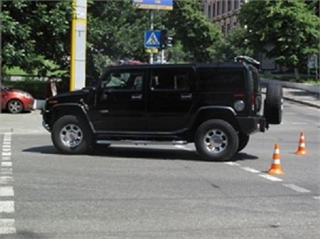 В центре Киева сшибли семью североамериканского дипломата