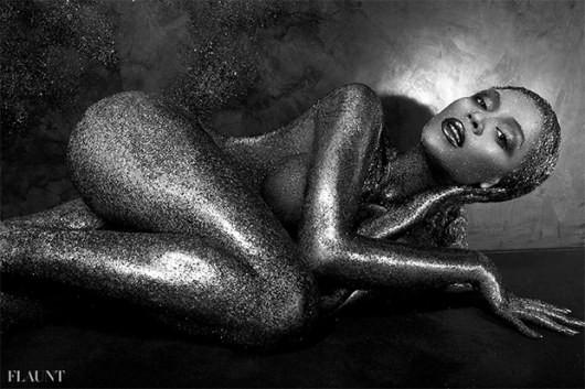 Бейонсе оголилась на страницах Flaunt (ФОТО)