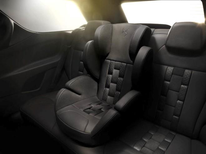 Ситроен DS3 будет спортивным автомобилем с откидным верхом