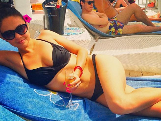 В интернет попали фото Иры Скориковой в бикини (фото)